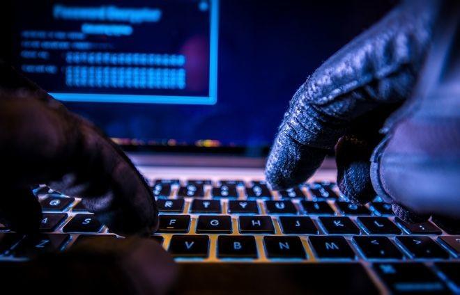 Cyber Crime: Να μπαίνουμε σε «ελεύθερα» wifi; Είναι ασφαλείς οι κάμερες;